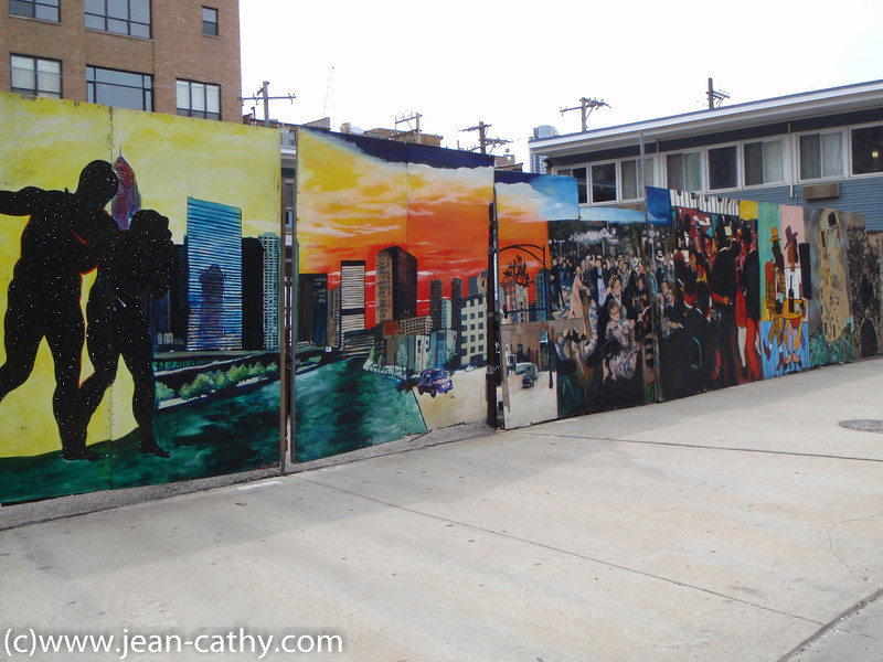 Murals in art gallery district, Chicago
